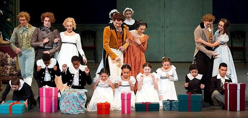Escena fiesta con los niños de EL CASCANUECES de ABT.Fotografía de Gene Schiavone, tomada de la fanpage https://www.facebook.com/AmericanBalletTheatre