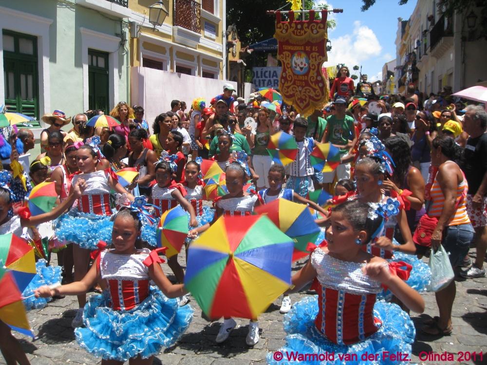 Carnaval, Brasil, Recife-Olinda (Pernambuco), la danza Frevo y la escuela de Frevo de Pernambuco (1/3)