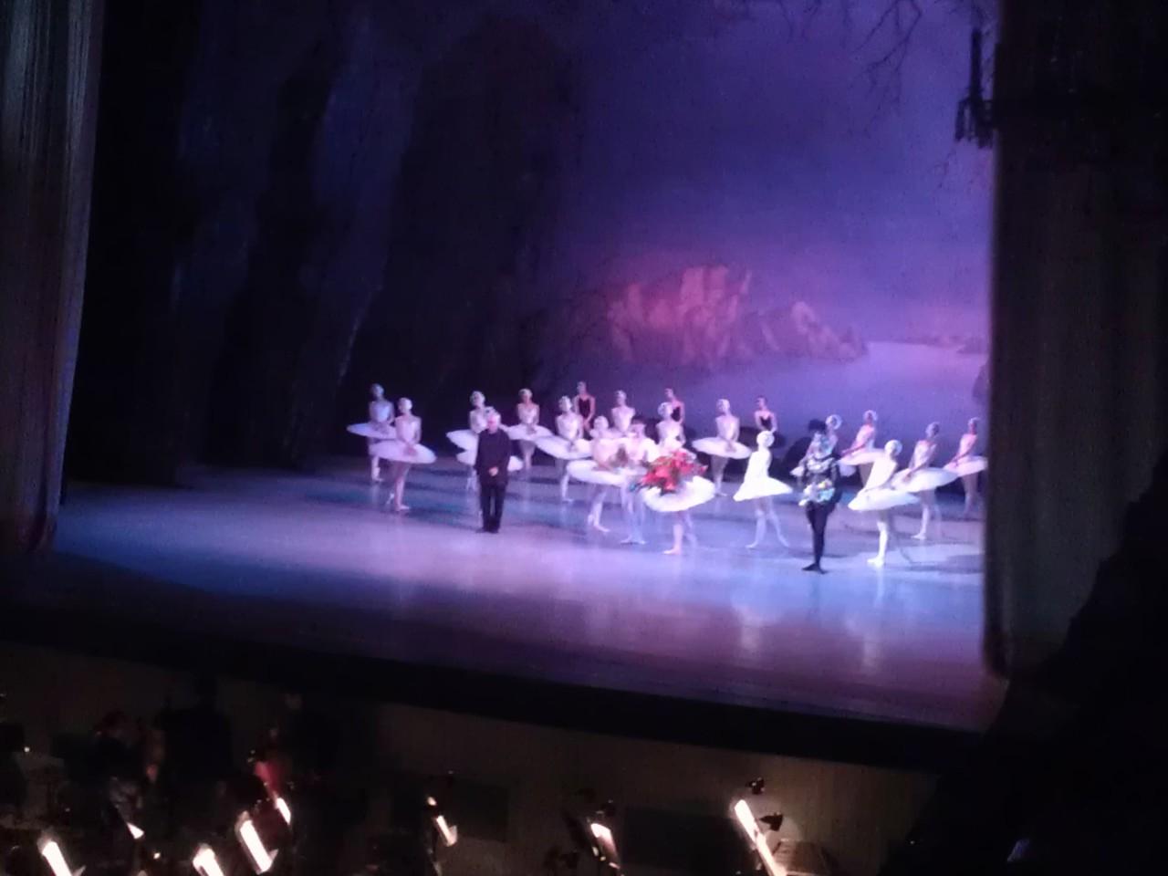 """Aplausos finales actuación del """"Lago de los Cisnes"""" el 19 de mayo de 2013 en el Teatro Mariinsky"""