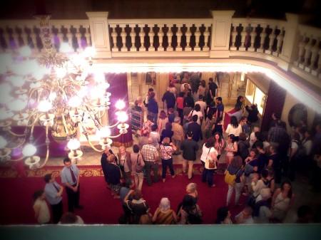 Vestíbulo del Teatre Tívoli a la salida de A+A de Ángel Corella en junio del 2014.