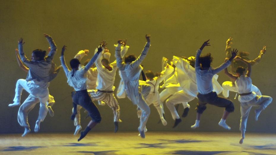 Un grupo de 10 fuimos a ver SUN de Hofesh Shechter en el Teatre Grec el pasado miércoles y no nos dejó indiferentes aninguno