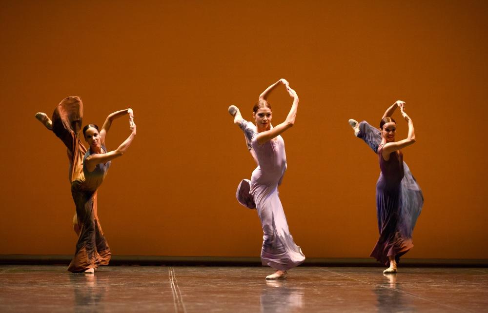 En EL SUR, música y baile, Morente y Ullate, tanto monta monta tanto. Post para el día de Santa Cecilia patrona de los músicos (1/2)