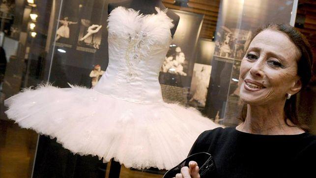 Adiós a la gran dama del ballet hispano rusa Maya Plisetskaya Майя Плисецкая que cantaba la música con sucuerpo