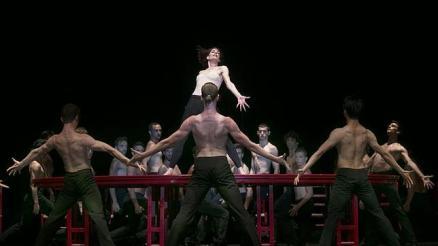 bejart--644x362_fotografia de Miguel Gonzalez con Elisabet Ros y el Bejart Ballet de Lausanne publicada en ABC