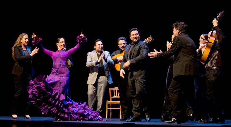 Belén Maya en LOS INVITADOS en el Festival de Flamenco de Nimes. Fotografía publicada en la revista on-line DE FLAMENCO