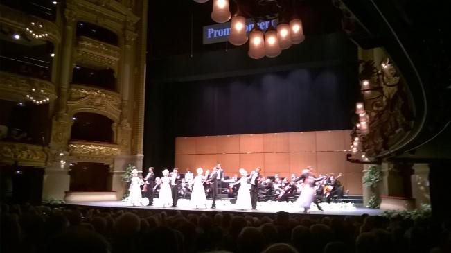 04 Liceu Concierto Año Nuevo STRAUSS Saludo final 2015 12 26