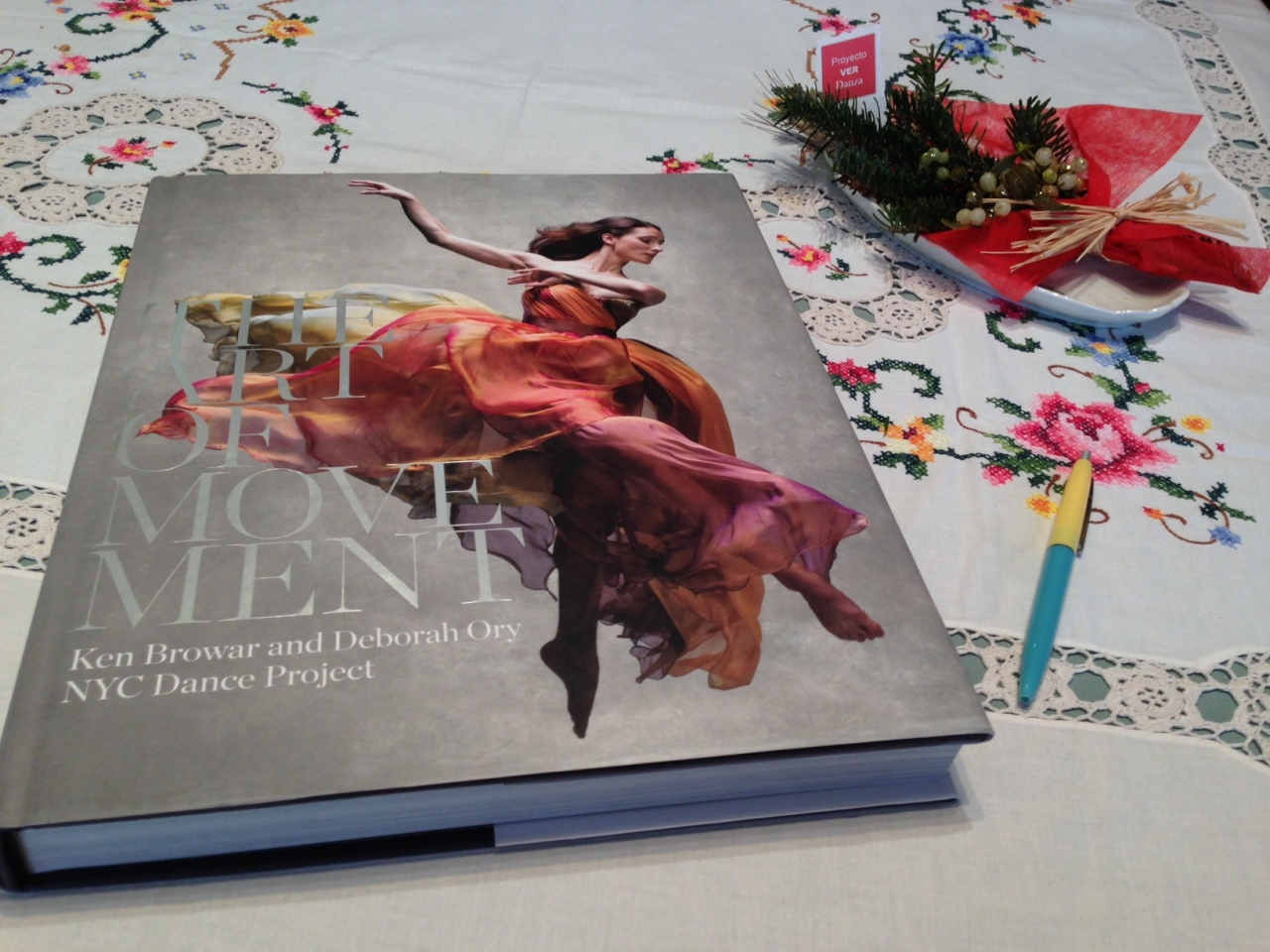 Sorteo de Reyes de PROYECTO VER DANZA del espectacular libro de fotografías THE ART OF MOVEMENT de NYC Dance Project